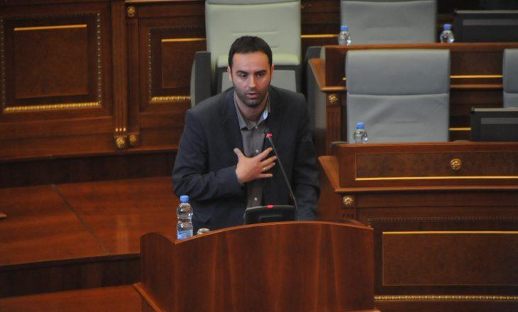 Konjufca: PDK është në gjendje ta kallë Kosovën sepse po afrohet Gjykata Speciale