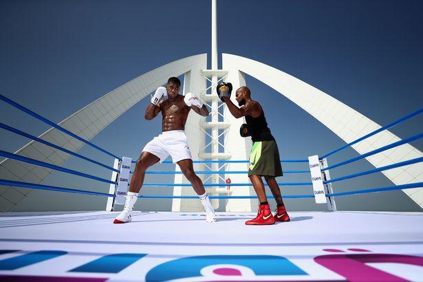 Stërvitja e veçantë e Joshuas në Dubai