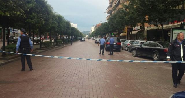 Shqipëri, 15-vjeçari vret me armë vëllanë më të vogël