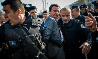 """Mediet ndërkombëtare e cilësojnë """"ultra-nacionalist"""" Albin Kurtin"""