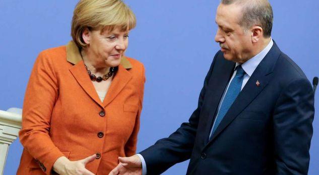 Zbulohet biseda mes Merkel dhe Erdoganit