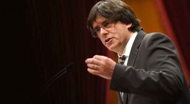 Lideri i Katalonisë dorëzohet në polici
