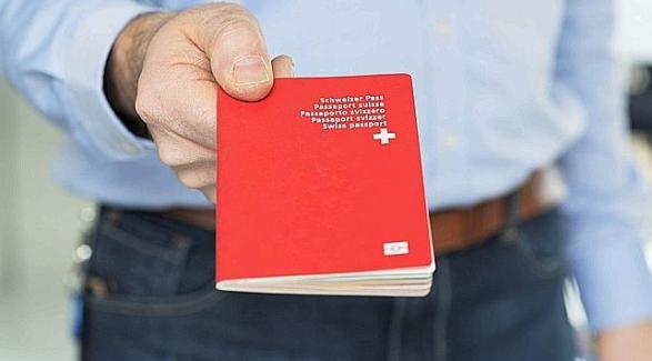 Kosovarit shembullor i jepet pasaporta, vetëm pas votimit në raundin e dytë