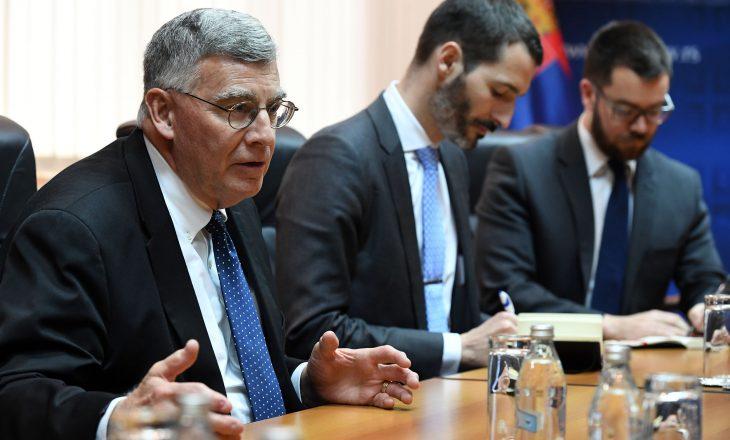 Kërkesa e David Schwendiman për autoritetet kosovare
