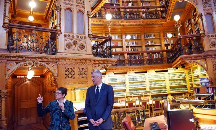 Presidenti impresionohet me Librarinë e Parlamentit në Kanadasë