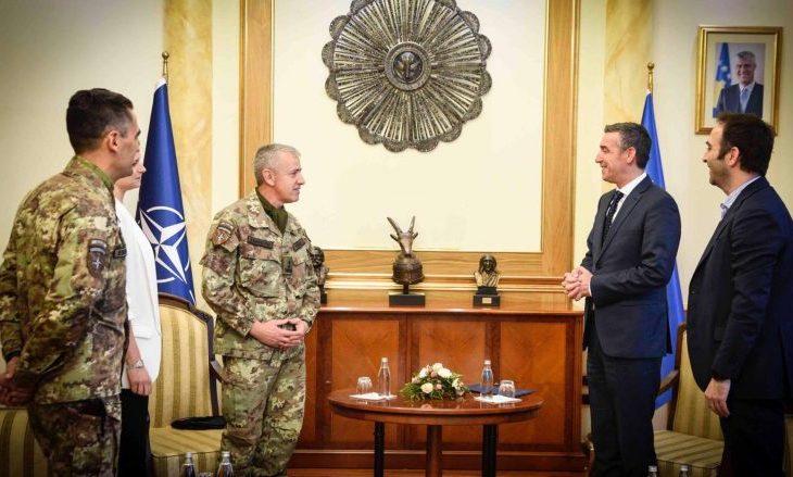 Veseli takoi komandantin e KFOR-it, e falënderon për kontributin në Kosovë