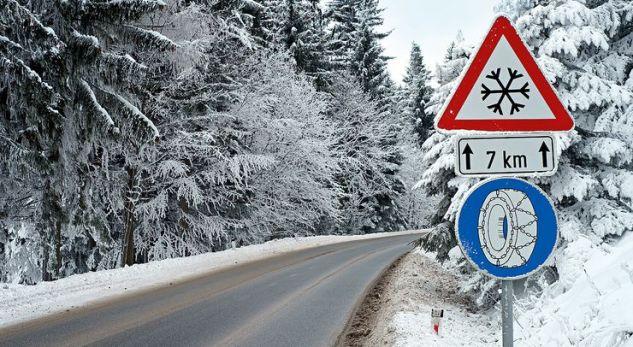 Pajisjet dimërore, të detyrueshme për shoferët nga 15 nëntori – por çka përfshijnë ato?