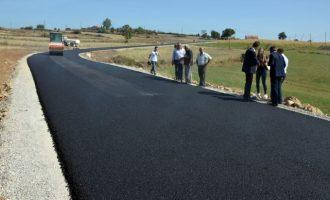 Nënshkruhet kontrata për ndërtim të rrugëve në fshatrat e Gjilanit