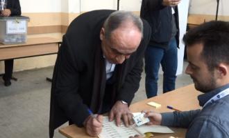 Telashet që pati Haki Rugova gjatë votimit