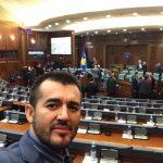 Labinot Tahiri ka një kërkesë për deputetët rreth Demarkacionit