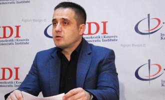 Selmanaj e pyet Haradinajn: Ku i more paratë për të privatizuar tokat në Gllogjan