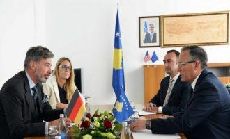 Gjermania i jep Kosovës 12.9 milionë euro