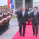 Kryeministri maqedonas arriti në Kosovë, takohet me Haradinajn