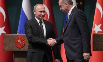 Putin dhe Erdogan finalizojnë marrëveshjen për mbrojtje raketore