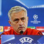 Vendos Mourinho: U tregon derën këtyre gjashtë lojtarëve të United