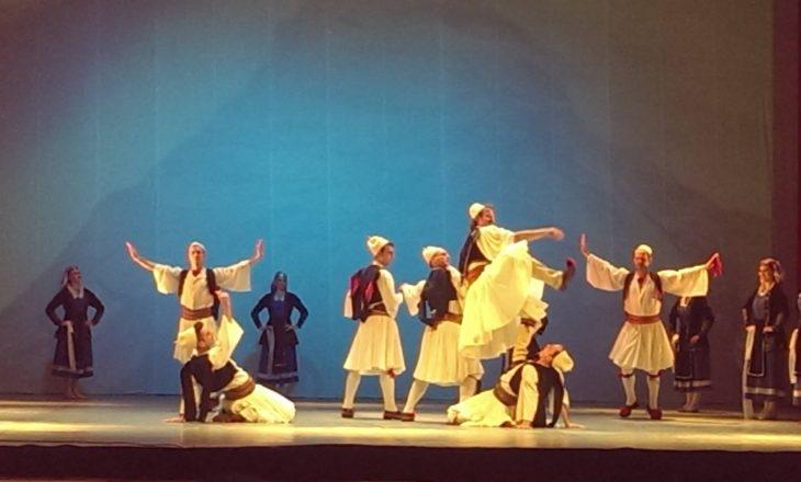 Vdes valltari i njohur shqiptar