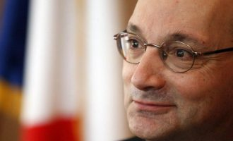 Ambasadori francez në Beograd: S'ka BE pa një marrëveshje me Kosovën