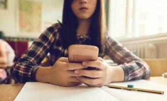 Më shumë se 1 mijë të rinj akuzohen për videon seksi