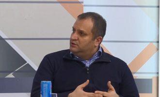 Ahmeti thotë se ambasadorët ia tepruan me kërcënime për Specialen