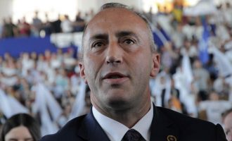 Haradinaj pasi ia rriti pagën vetes dhe e anuloi – zotohet për ngritjen e pagave të këtij sektori