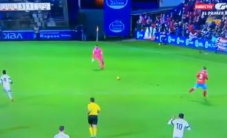 Portieri në Spanjë shënon gol nga 70 metra [Video]