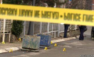 Vdes 55-vjeçarja, bie nga kati i tretë
