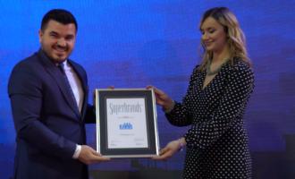 """Kompania kosovare e ndërtimit """"KAWA Group"""" ka marrë çmimin """"SUPERBRAND 2017"""""""