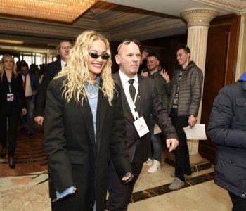 Rita Ora në Kosovë përmes fotografive