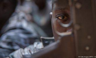 1 në 6 fëmijë jeton në një zonë të luftës