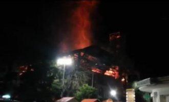 I sëmuri djeg xhami e shtëpi në Runik të Skenderajt