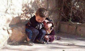 Djali i vogël sirian mbron motrën nga sulmet ajrore