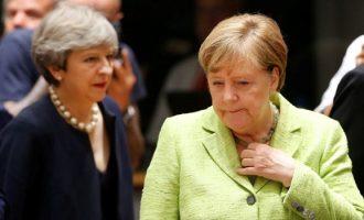 Kryeministrja britanike takon sot kancelaren Merkel