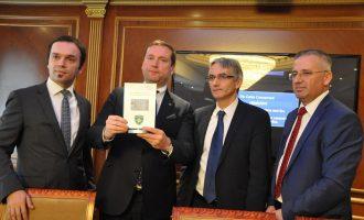 MPB prezanton patentë shoferin e parë elektronik në botë