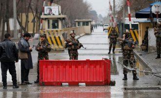 Dhjetëra të vdekur nga dy sulme në Kabul