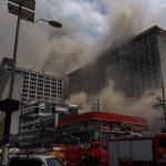 Zjarr në një hotel, katër të vdekur dhe 19 të zhdukur [FOTO]
