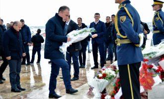 Limaj: Lavdi e përulje për të gjithë ata që ranë për lirinë e Kosovës