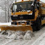 Vetura aksidentohet në borëpastruesin