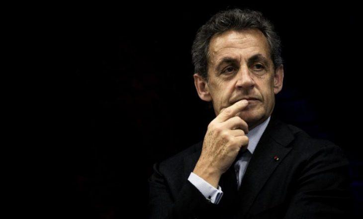 Ndalohet ish presidenti i Francës