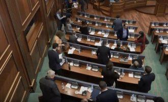 Matoshi fton deputetët e pavarur ta votojnë Demarkacionin