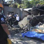 Avioni që la të vdekur 10 persona pas rrëzimit mbi një shtëpi