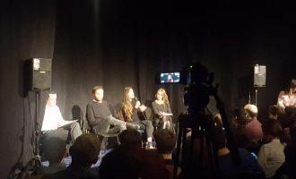 Një shkrimtare serbe, një filozof kroat dhe Albin Kurti në një debat në Prishtinë