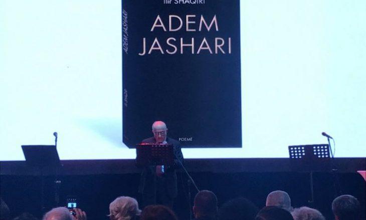 Pasi e shfrytëzoi 17 vite në këngë, Ilir Shaqiri tash bëhet shkrimtar për Adem Jasharin