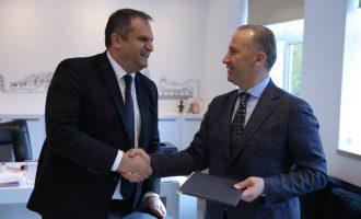 Selim Pacolli komenton largimin e Shpend Ahmetit nga Vetëvendosja
