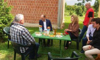 Visar Ymeri dhe Donika Kadaj festuan një ditëlindje pas demarkacionit