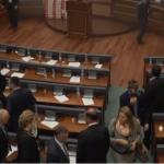 """Deputetja hedh poshtë lajmet se """"iu gjet bombola e gazit"""" në të brendshme"""