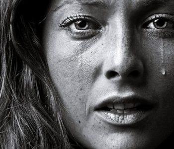 Humbi 22 fëmijë, historia e gruas që nuk heqë dorë nga ëndrra për të pasur fëmijë