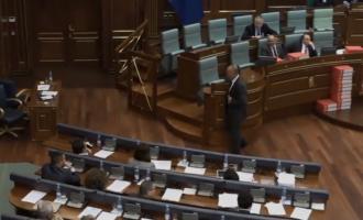 """""""As gjysma e deputetëve në sallë – të votohet demarkacioni menjëherë"""""""