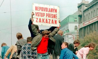 Fundi i komunizmit nisi në 1968-ën