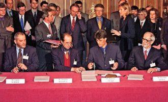"""""""Marrëveshja e Parisit për çlirimin e Kosovës u ndërrua në shans për të zaptuar"""""""