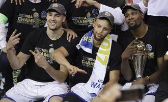 "Lëndohen 3-shja e Golden State Warriors – NBA ""playoffs"" fillon më 14 Prill"